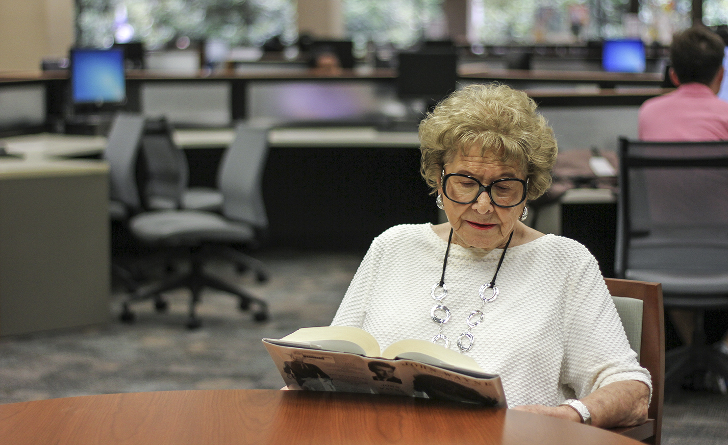 Faculty, students remember UTD's oldest student who passed away earlier this month