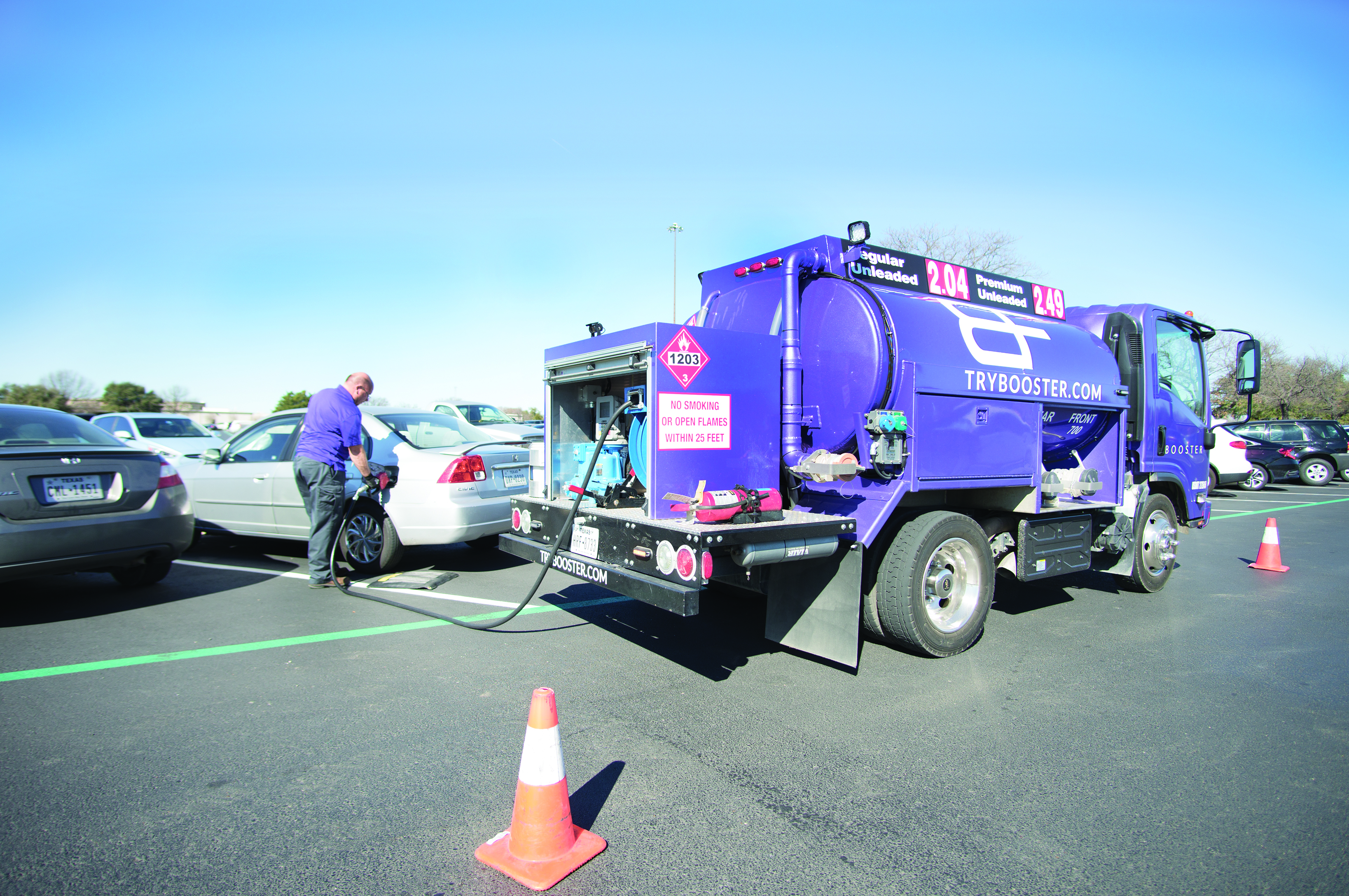 Gas delivery company serves cars on campus