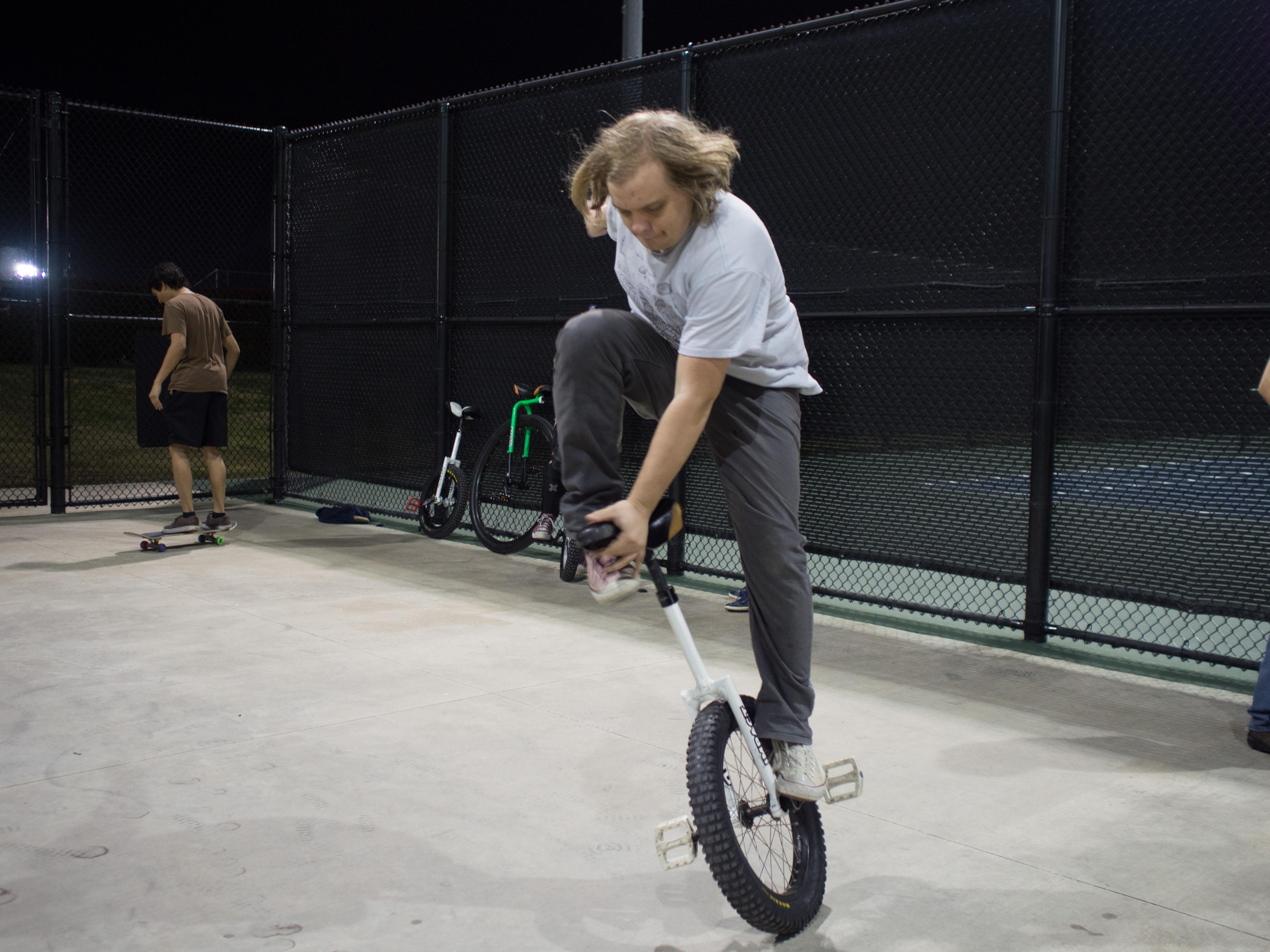 One wheel wonder
