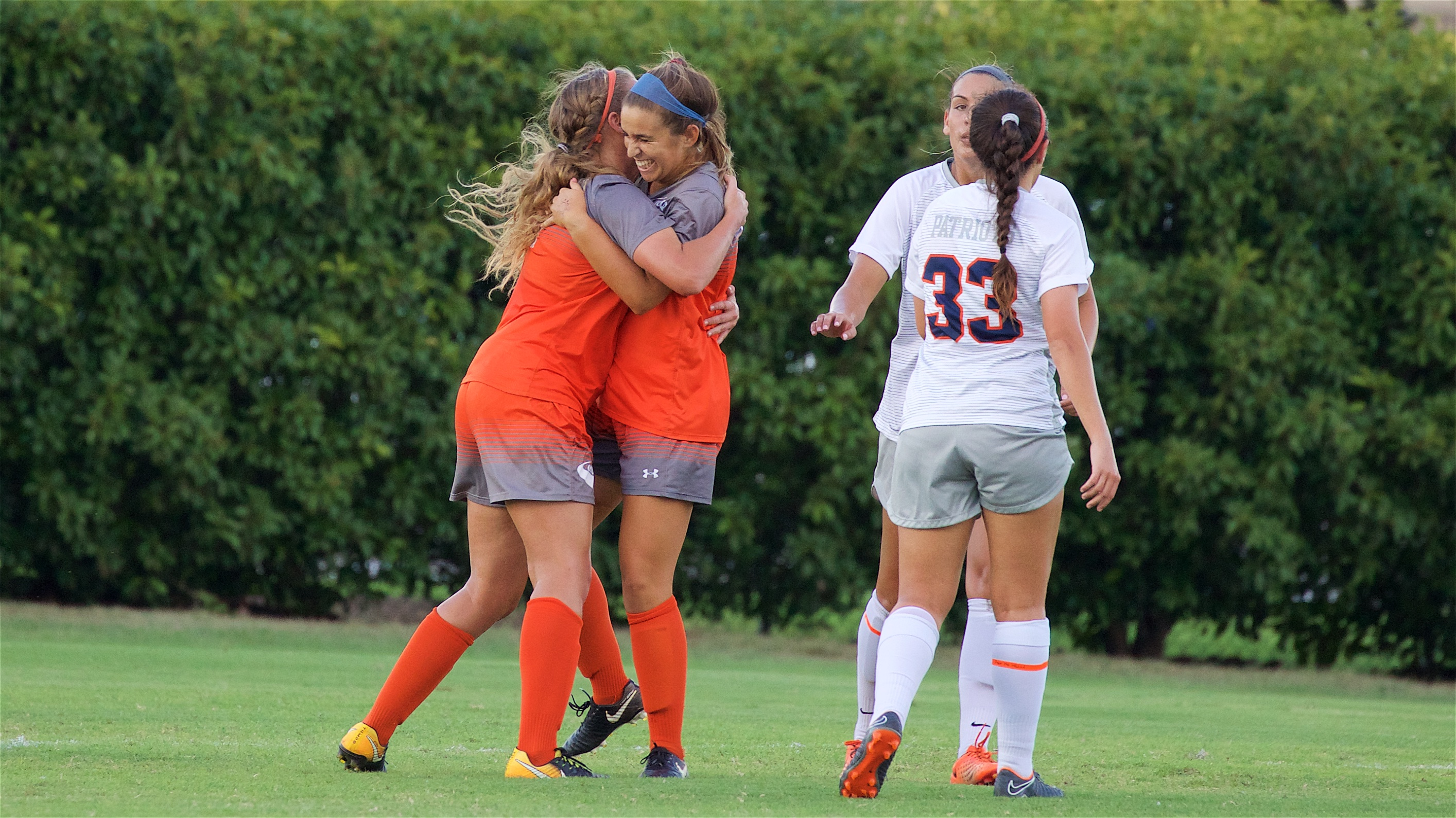 Women's soccer achieves 9-game winning streak