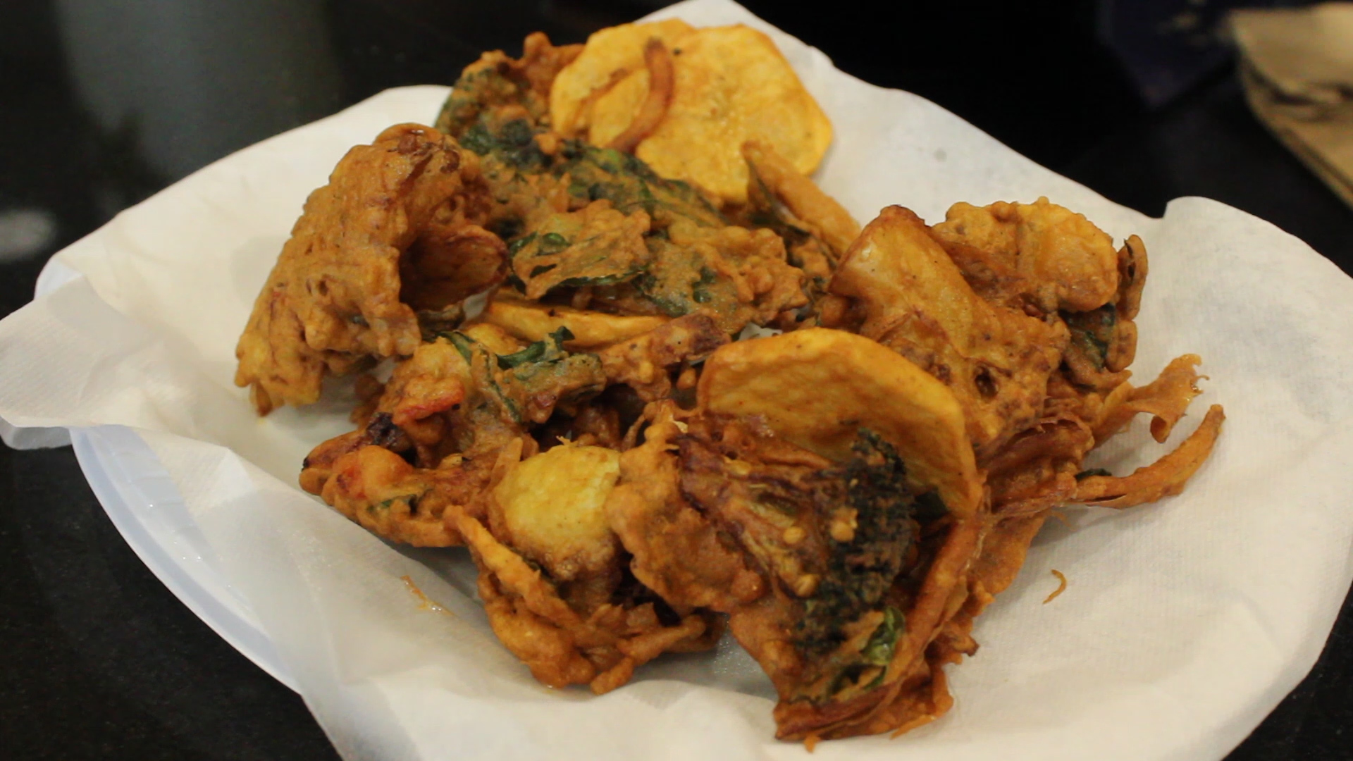 Pakora: Deep-fried vegetables