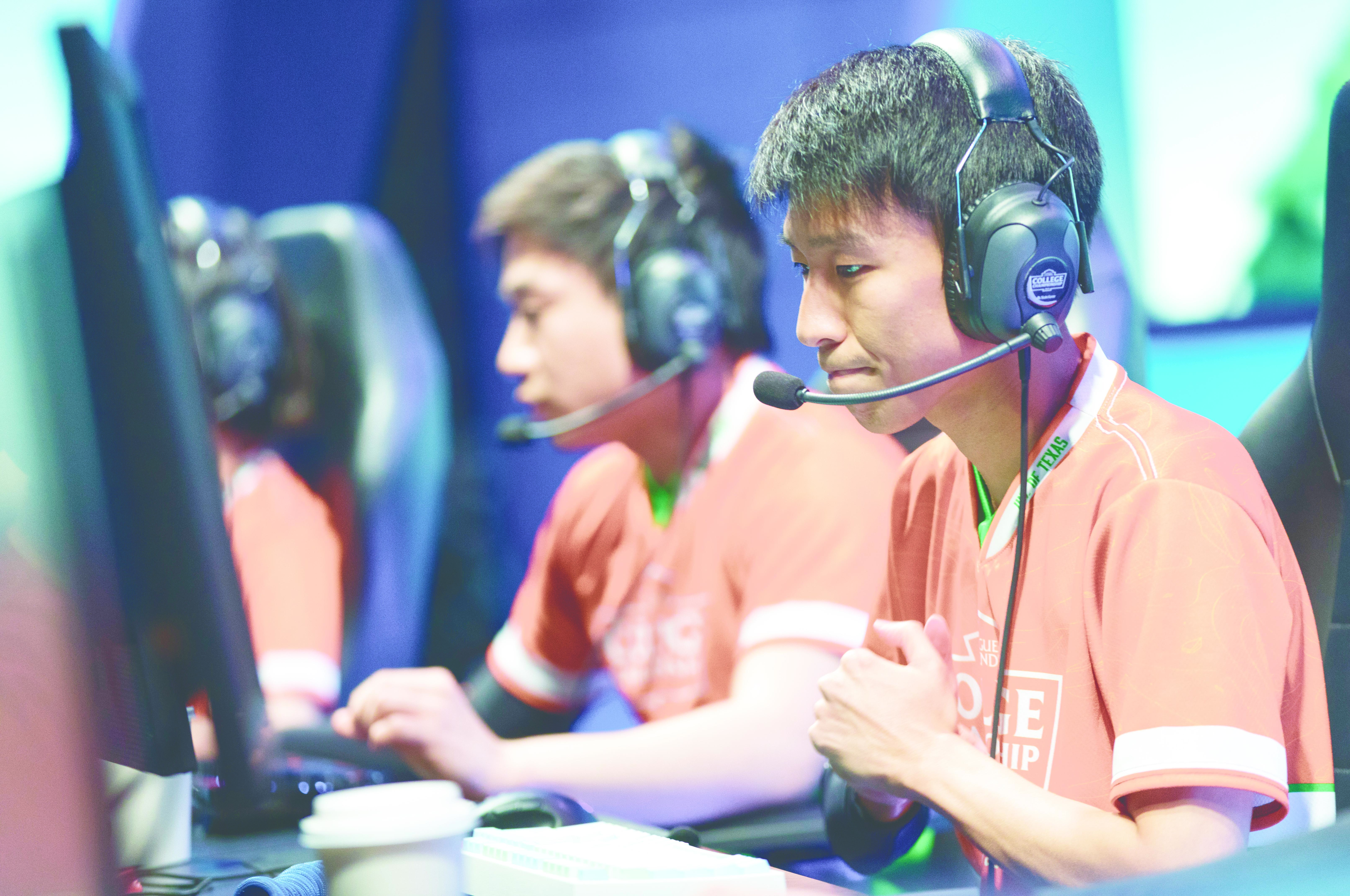 Esports department gives back through summer camp