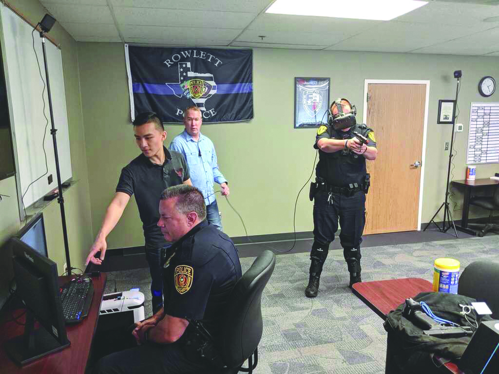 Graduate Helps Police Train with Virtual Reality