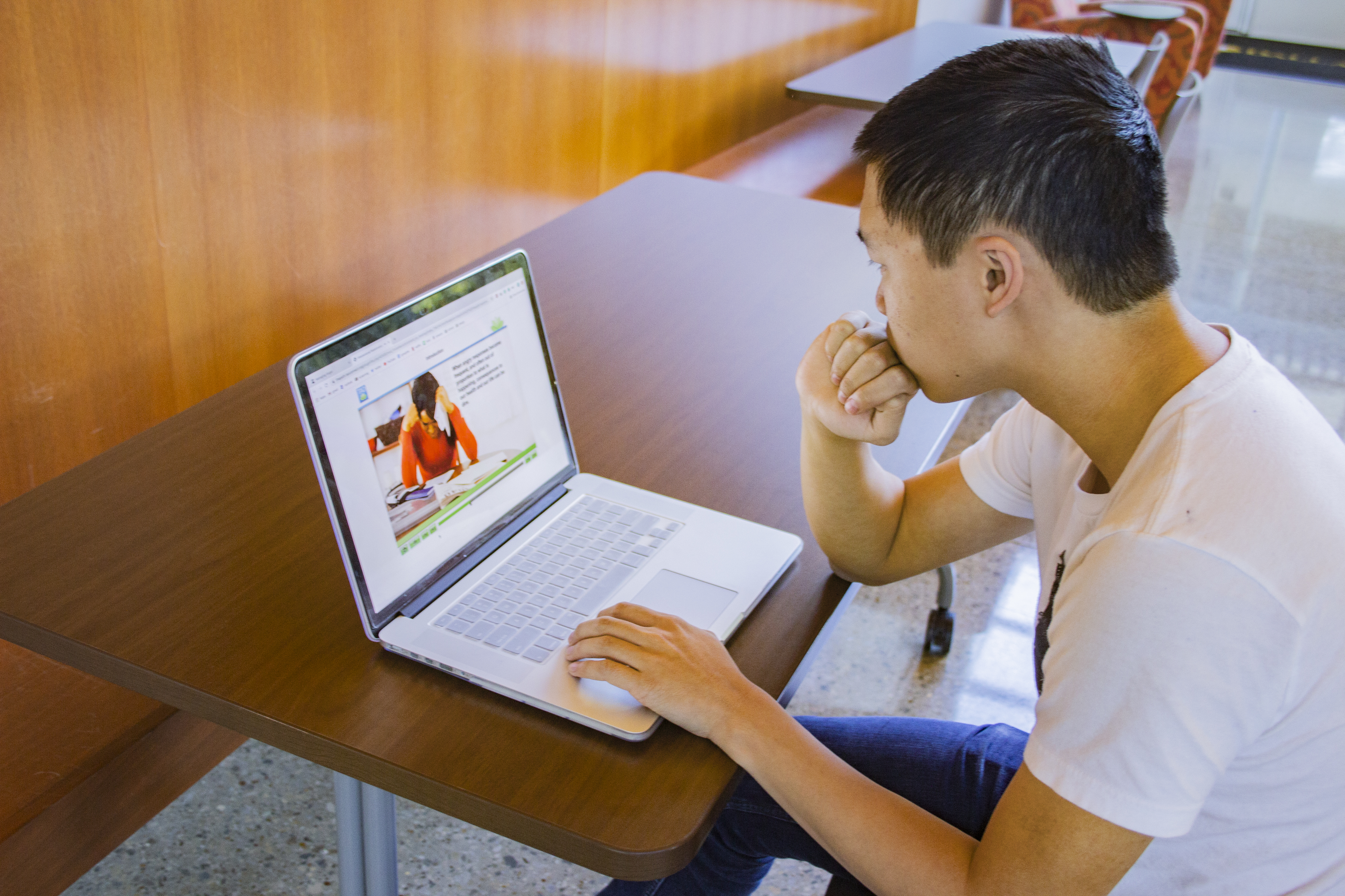 Online Therapy Offers Self-Help Solutions