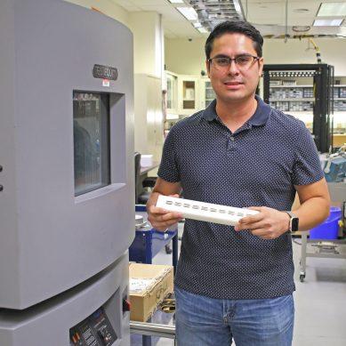 Using Liquid Metal to Repurpose Waste Heat